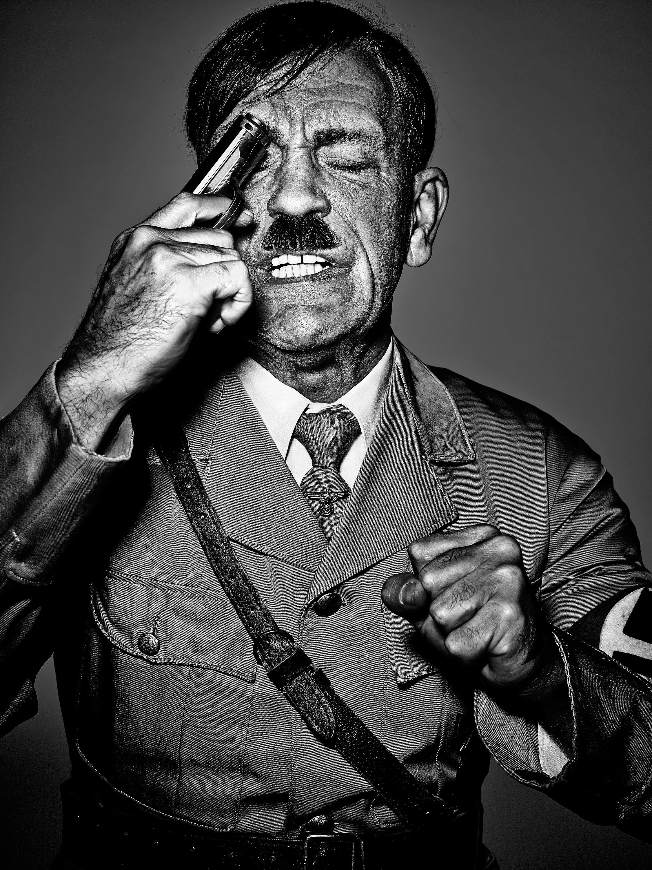 Hitler_Red_1788-js
